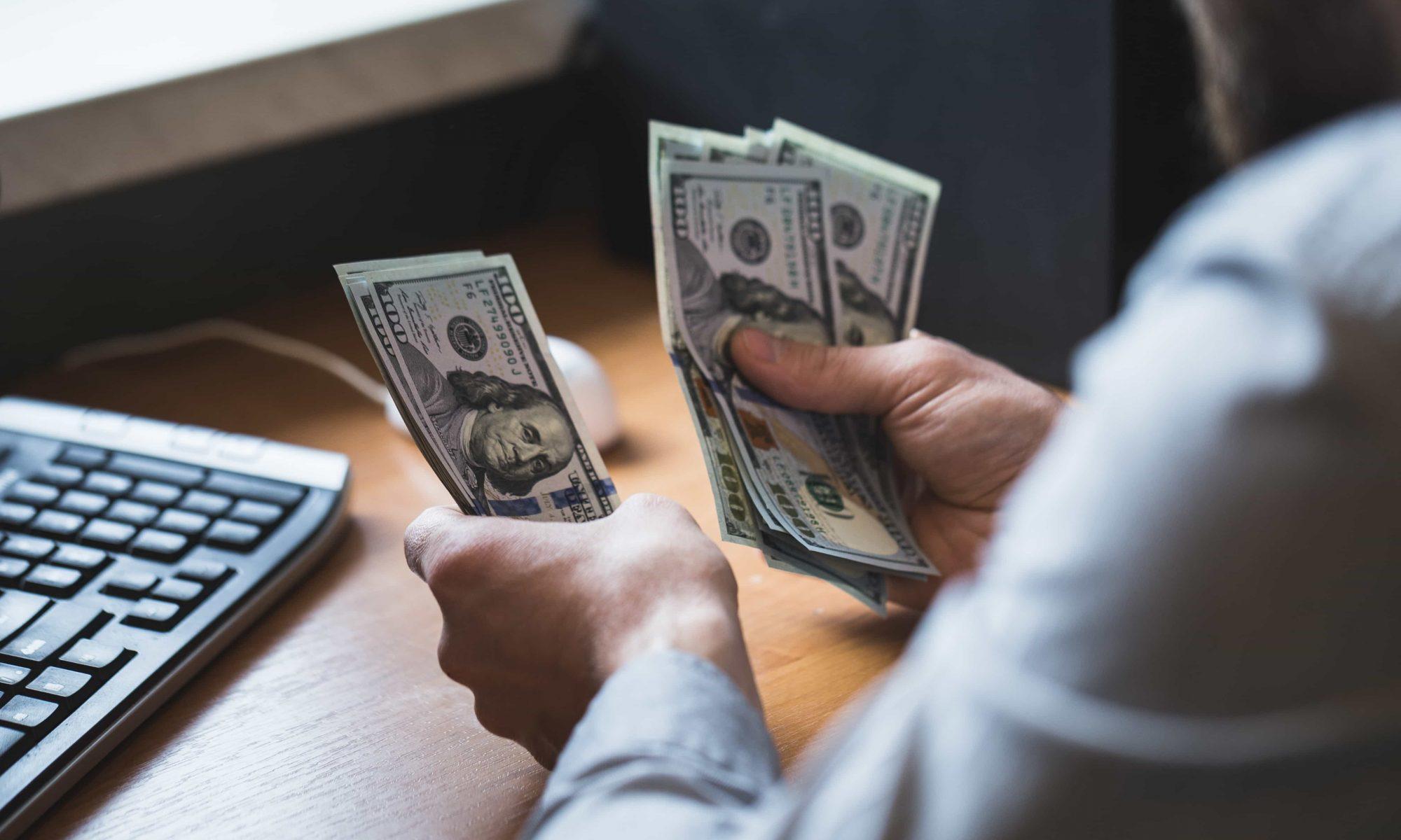 Gagner de l'argent en ligne. Comment s'y prendre ?